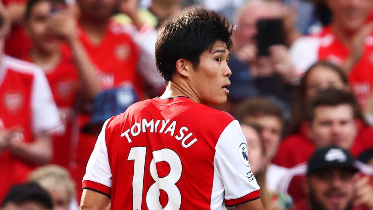 Takehiro Tomiyasu Arsenal 2021-22