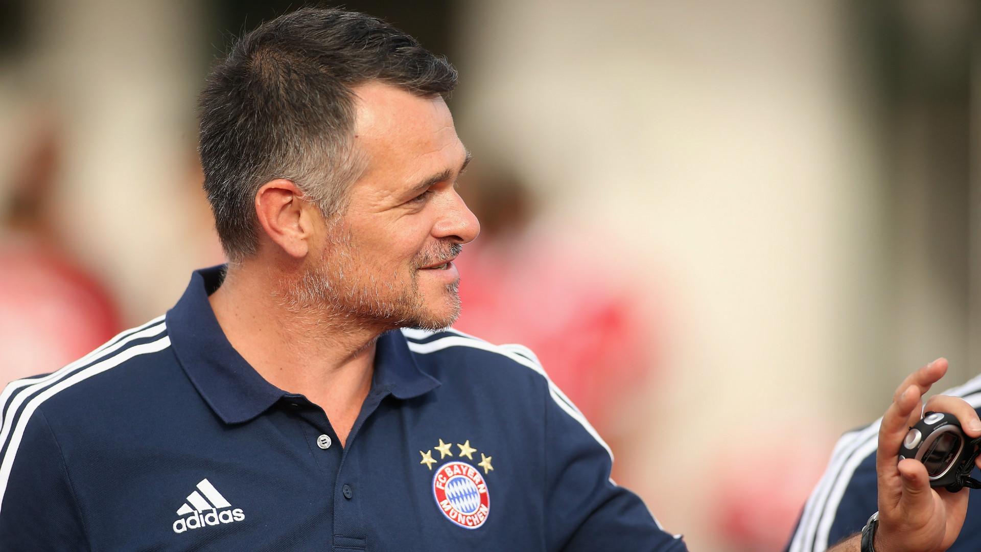 Sané, Sagnol n'est pas fan — Bayern
