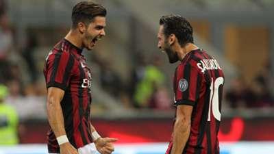 Andre Silva Hakan Calhanoglu Milan UEL 08172017