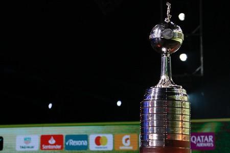 Imagem da taça da Conmebol Libertadores da América