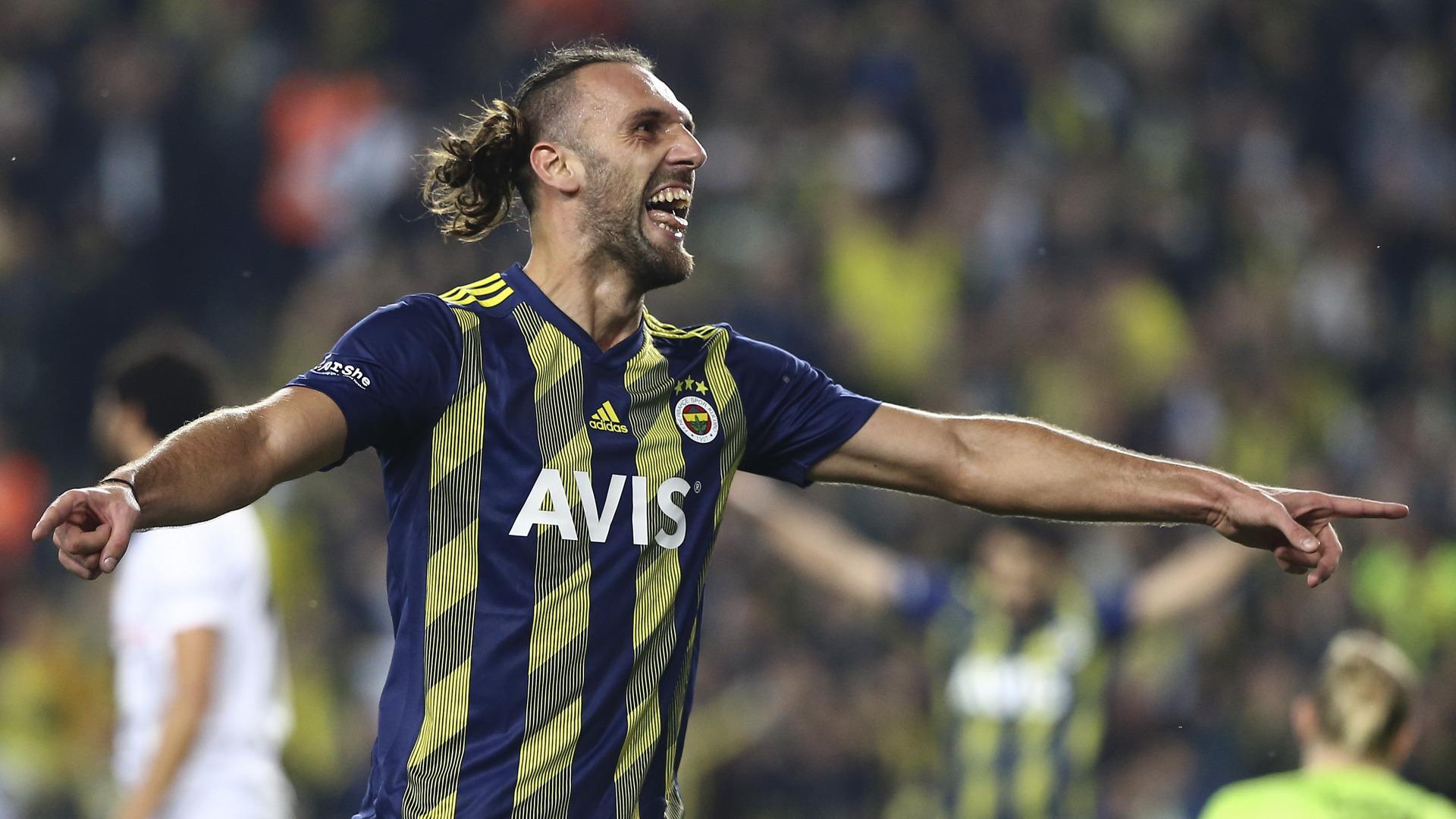 Kosovo-Duo im Visier: Lazio Rom angeblich an Vedat Muriqi und ...