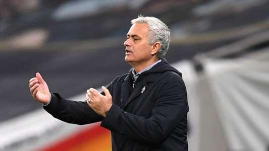 (Ngoại hạng Anh) Mourinho tuyên bố hài hước về mục tiêu vô địch
