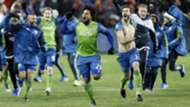 Roman Torres Brad Evans Seattle Sounders MLS Cup final 12102016