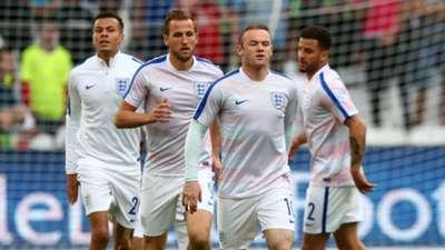 England warm up vs Russia