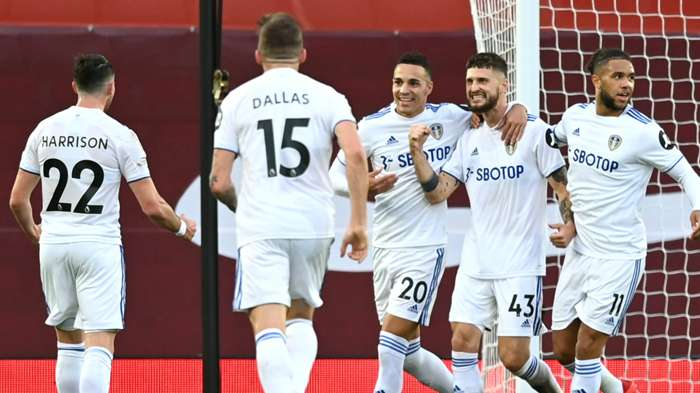 Mateusz Klich Liverpool vs Leeds 2020-21