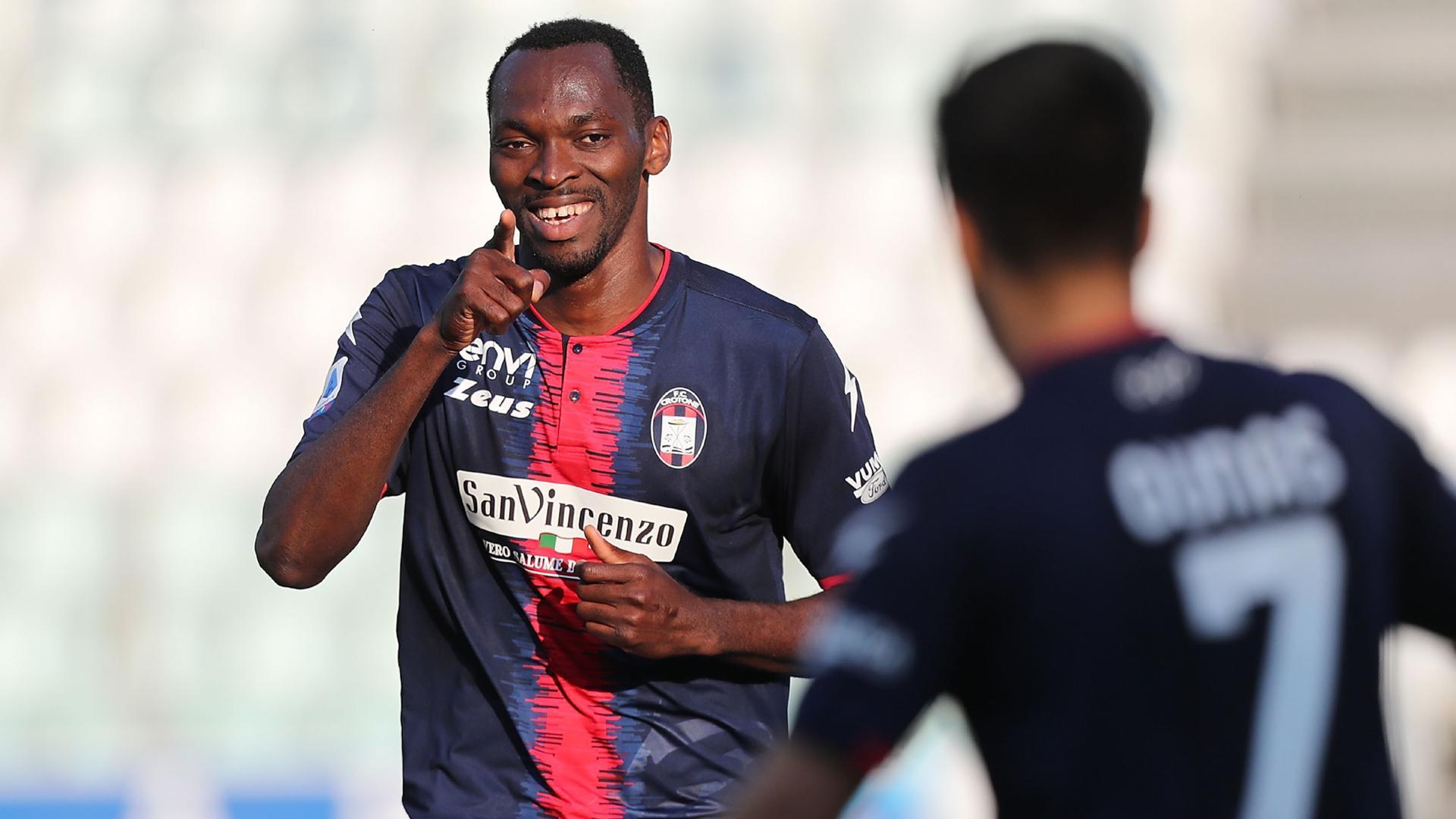Simy bags assist, Ounas scores as Crotone see off Verona