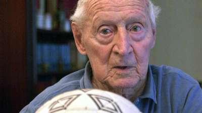 Lucien Laurent France 1930 World Cup 05222002