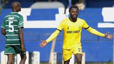 Elvis Rupia of Wazito FC vs Chemelil Sugar.