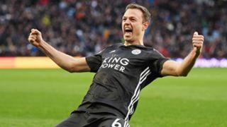 Jonny Evans Aston Villa vs Leicester 2019-20