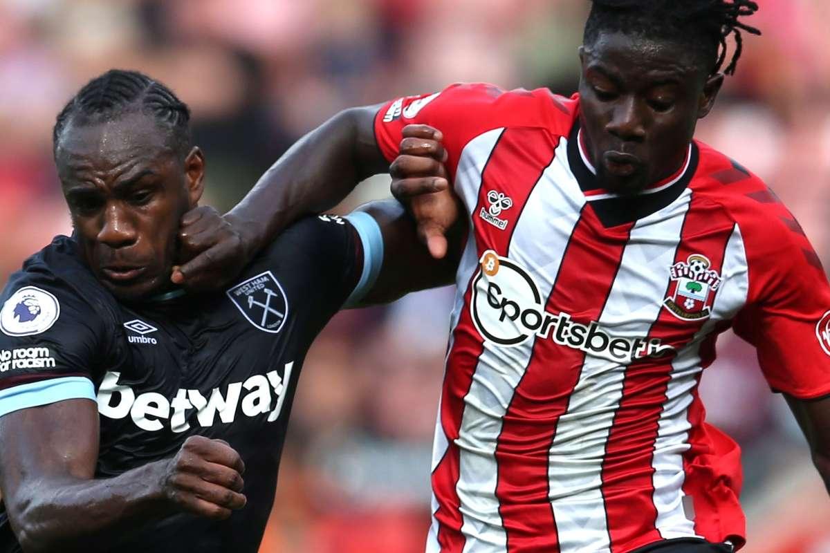 Jannik who? How 'the new Pique' Salisu is helping Southampton forget |  Goal.com