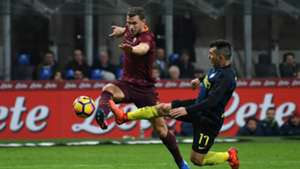 Edin Dzeko Gary Medel Inter Roma Serie A