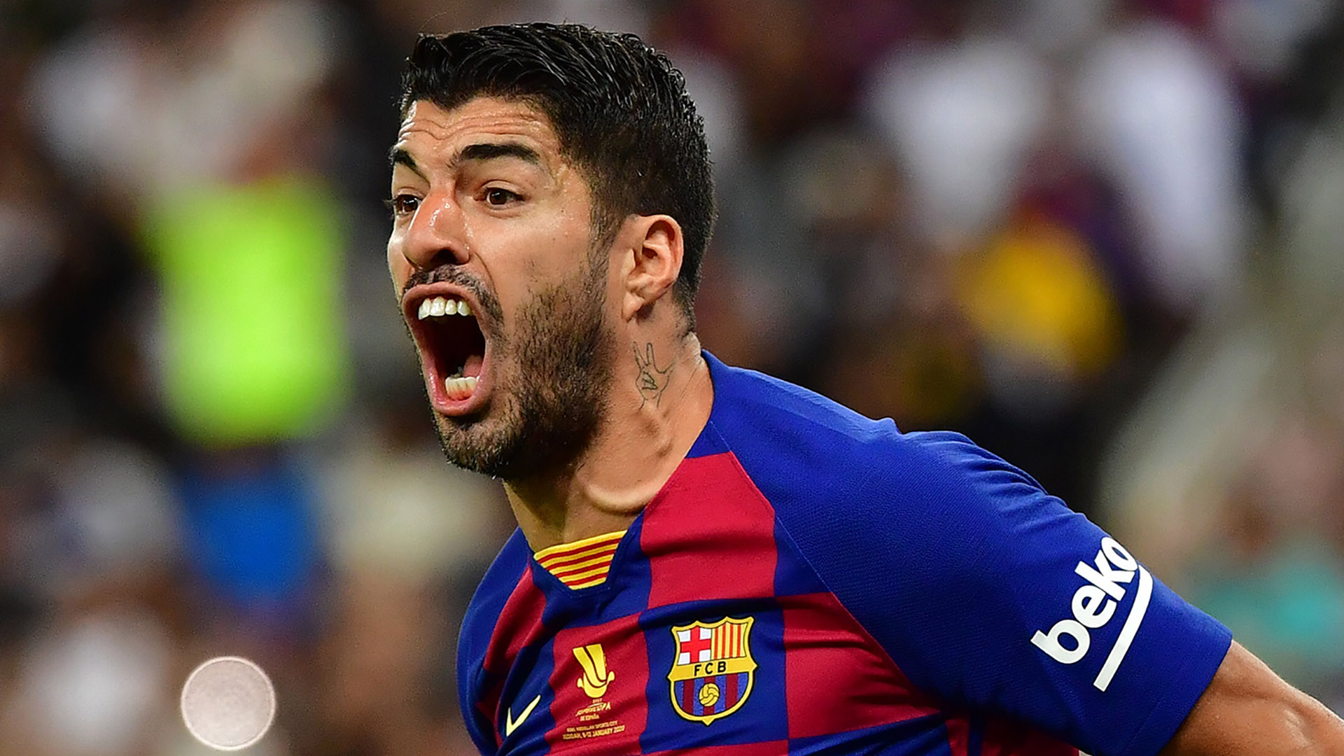 Barcelona striker Suarez set for spell on sidelines as he undergoes knee surgery