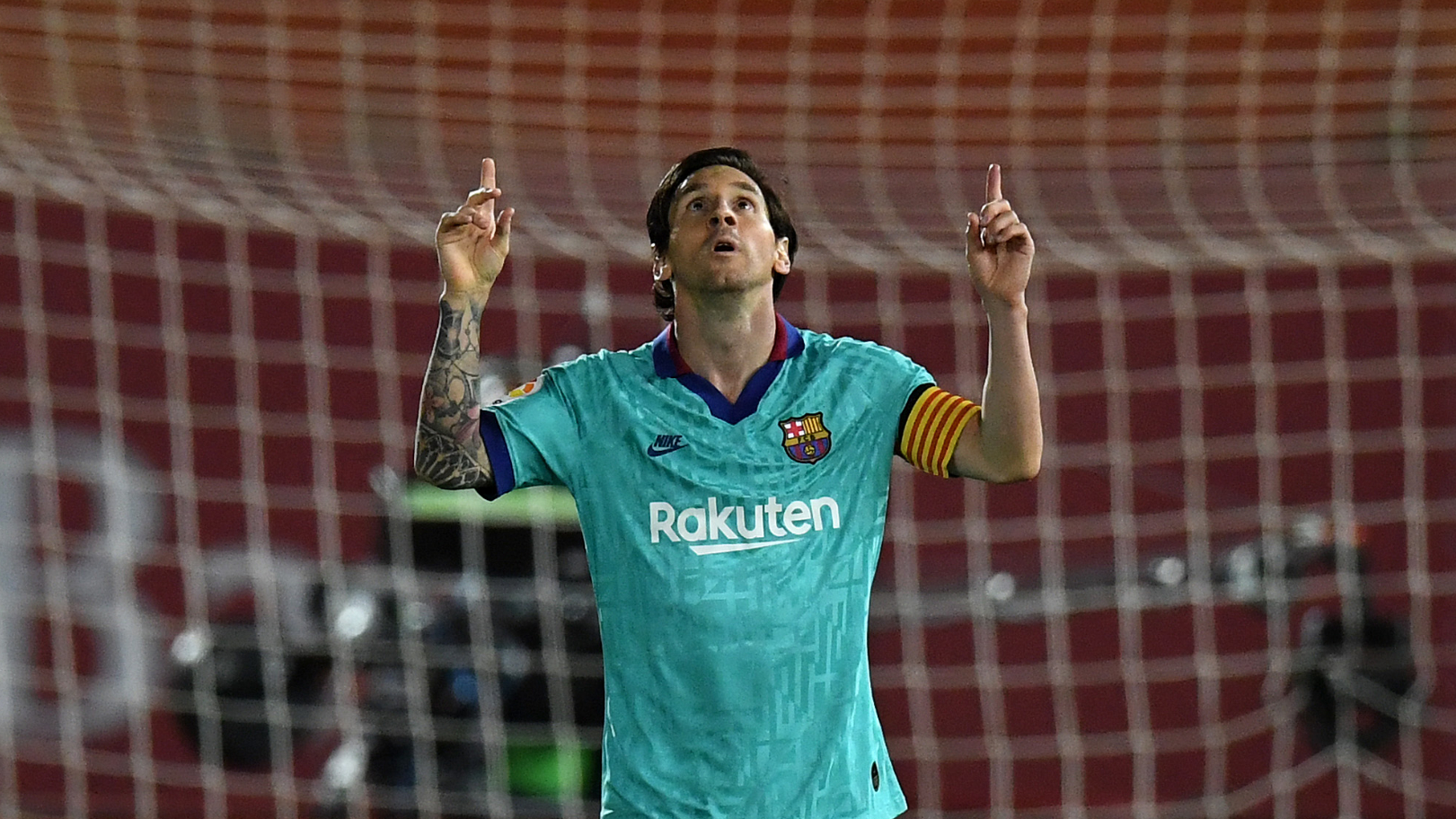 Messi claims new La Liga record in Barca win