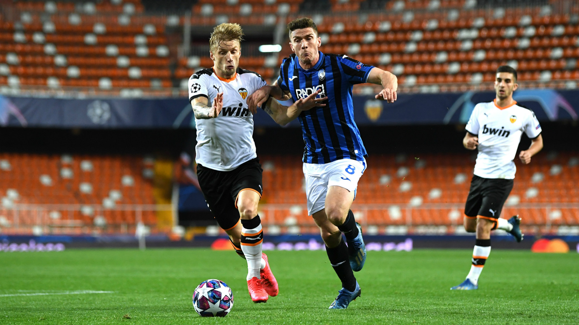 Valencia slams Atalanta coach for attending Champions League game with coronavirus