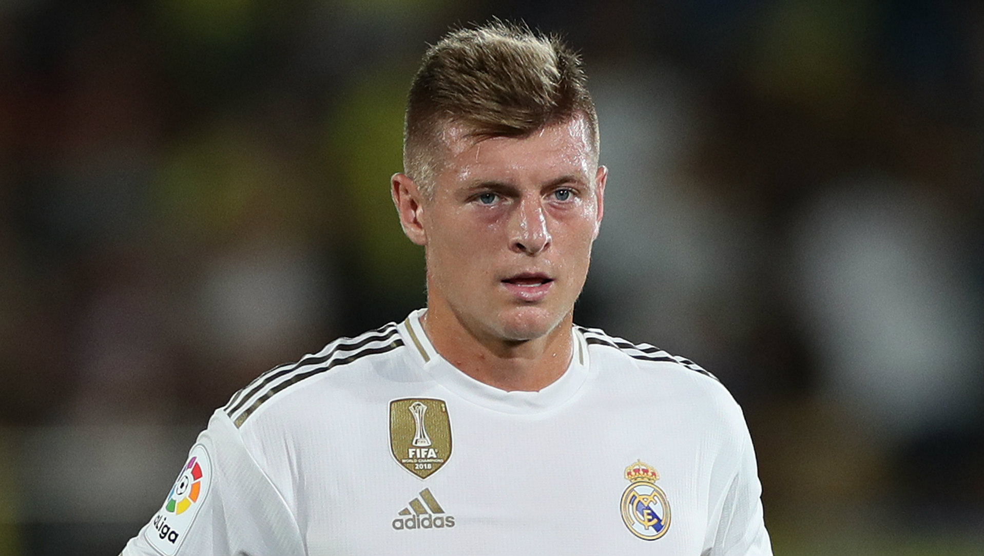 """Il y a de plus gros problèmes que le football"" - Kroos fait le point sur la quarantaine du Real Madrid"