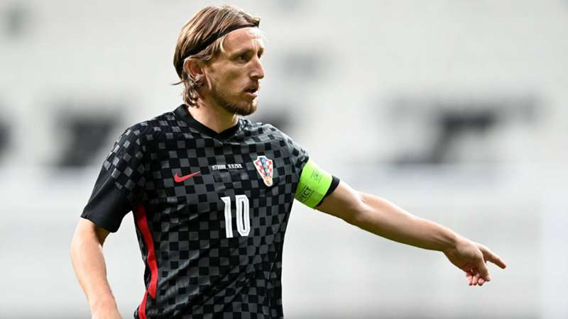 正式打破斯尔纳纪录 莫德里奇成克罗地亚历史出场次数最多球员