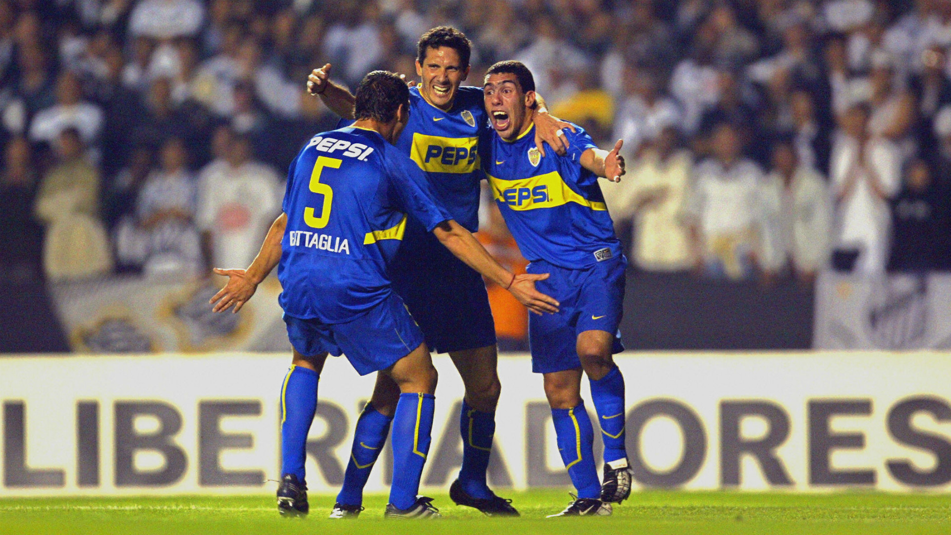 Carlos Tevez Diego Cagna Sebastian Battaglia Boca Santos Final Copa Libertadores 2003