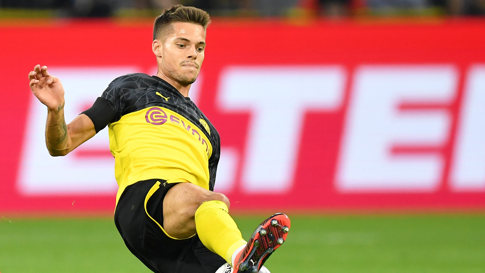 Julian Weigl Alter