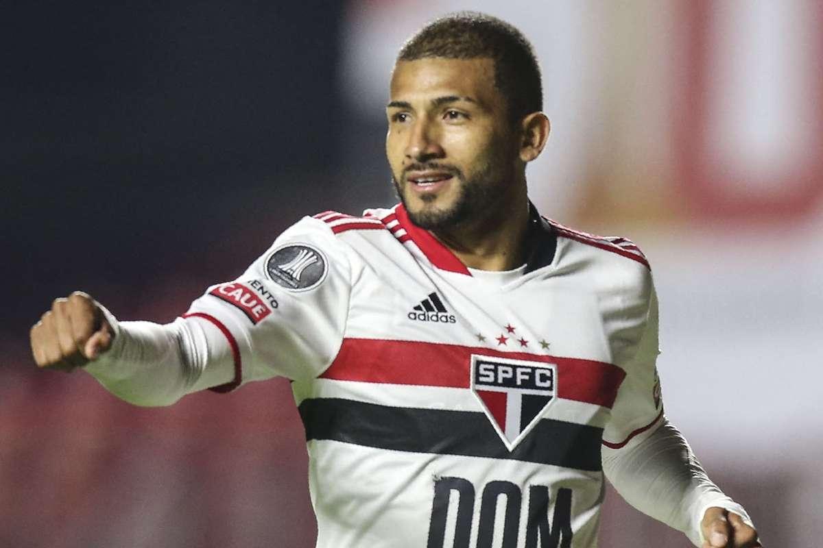 São Paulo e Rojas acertam renovação até dezembro | Goal.com