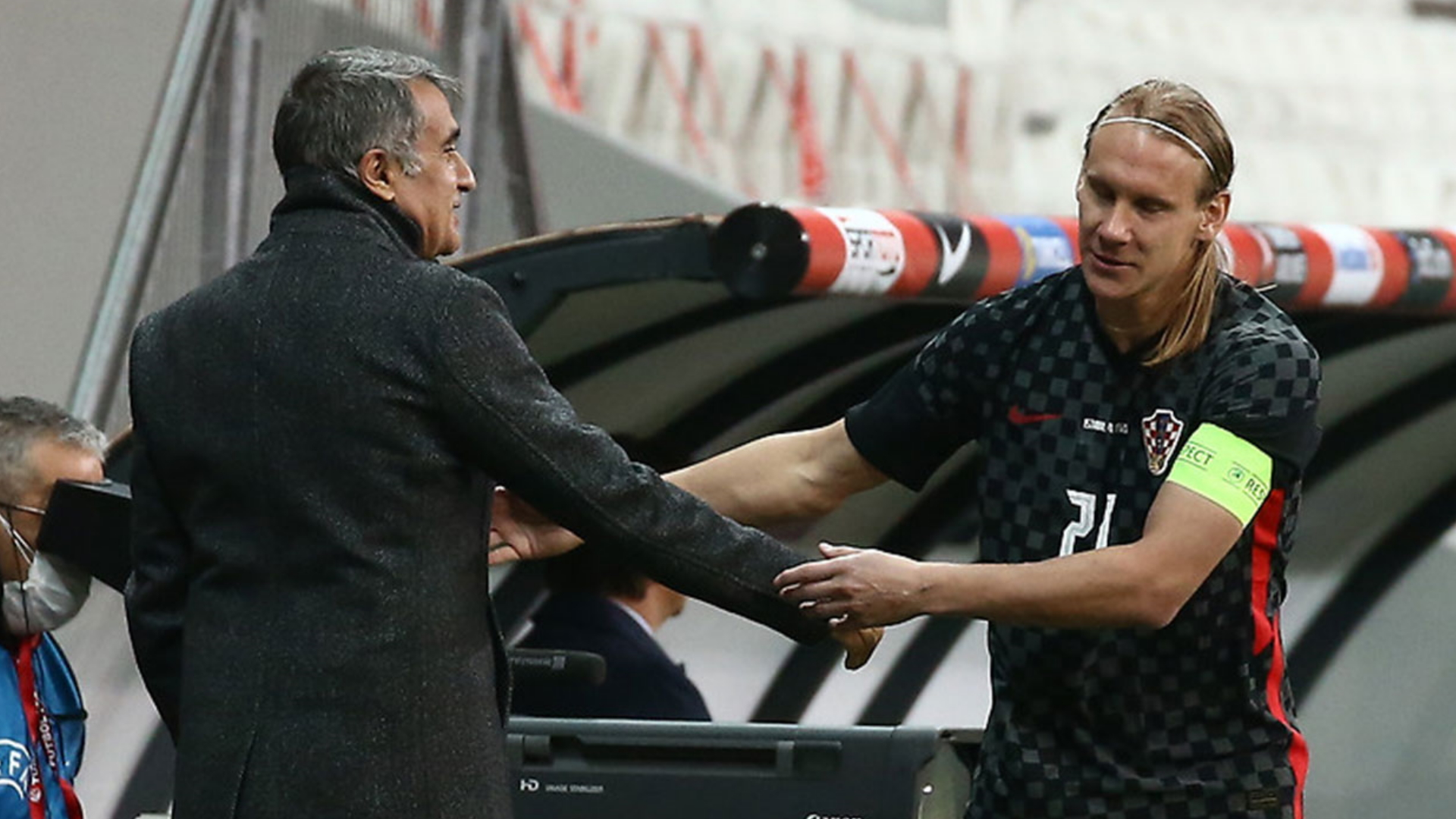 Croatia's Vida subbed off after positive Covid-19 test in Turkey draw |  Goal.com