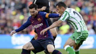 Lionel Messi Barcelona Andres Guardado Real Betis