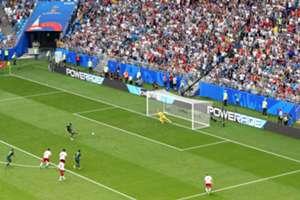 Jedinak penalty