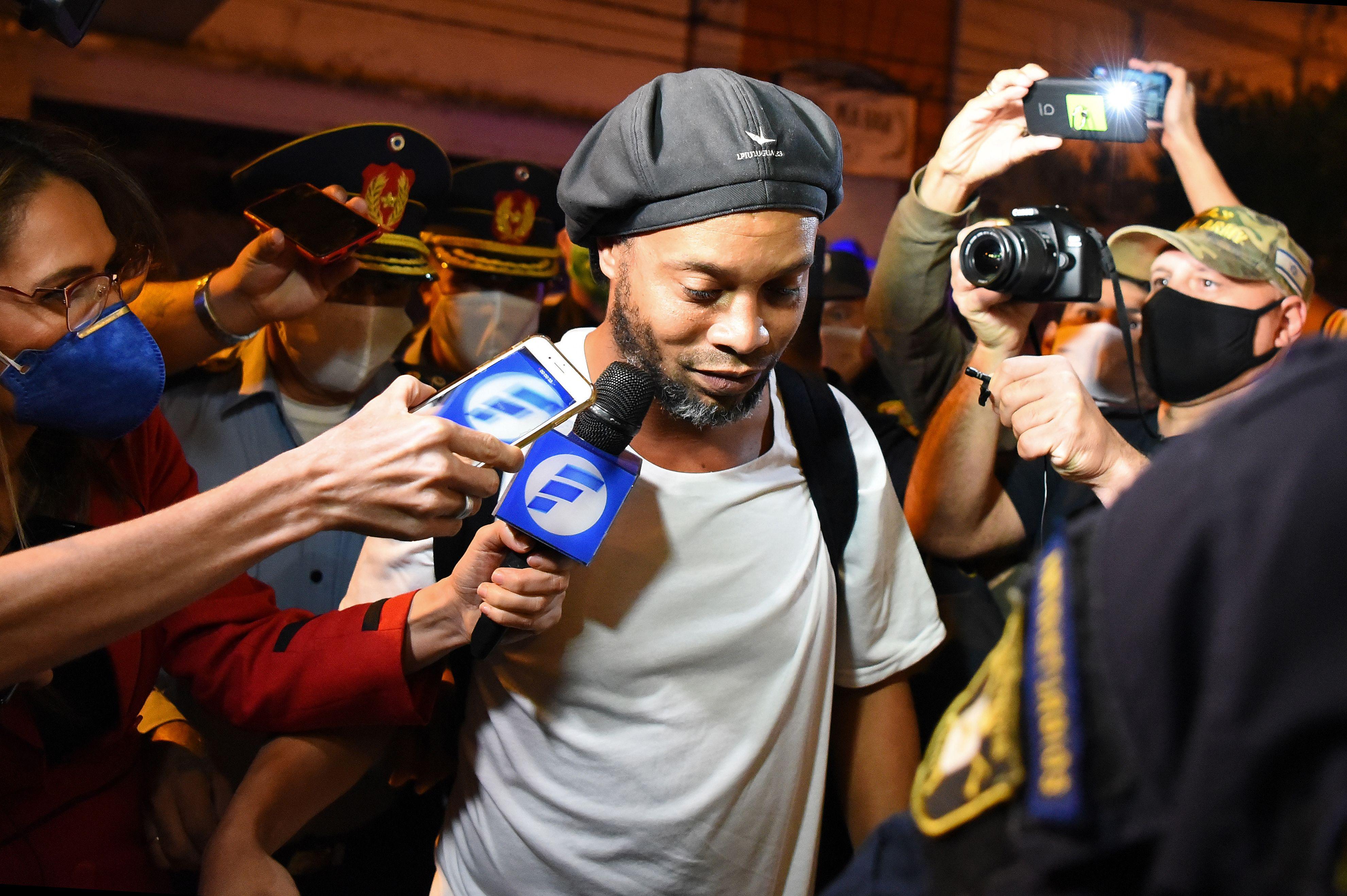 Ronaldinho devant le juge pour être fixé sur son sort — Paraguay
