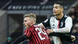 Simon Kjaer Cristiano Ronaldo Milan Juventus