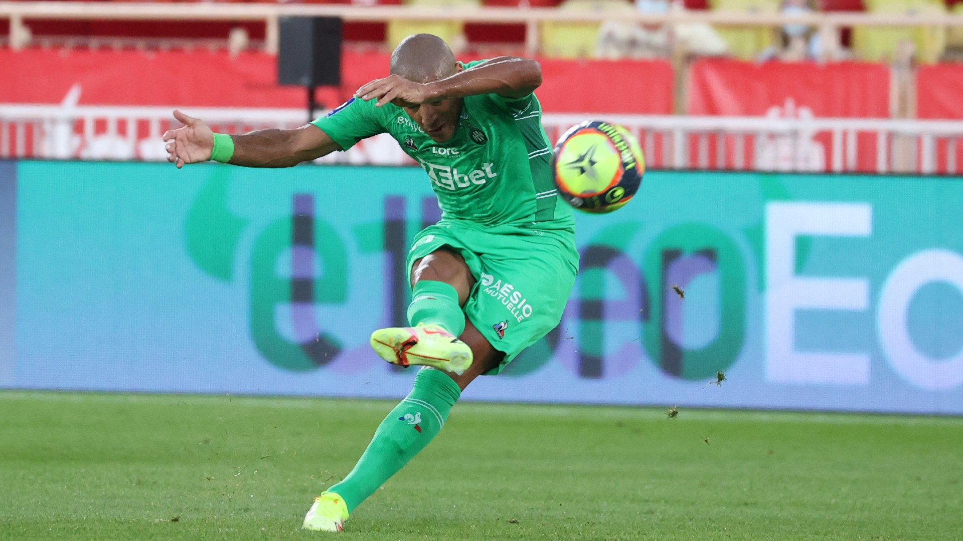 Khazri's stoppage-time strike salvages point for Saint-Etienne against Lyon