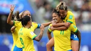 Artilheira: Cristiane ganha prêmio de gol mais bonito da Copa do Mundo