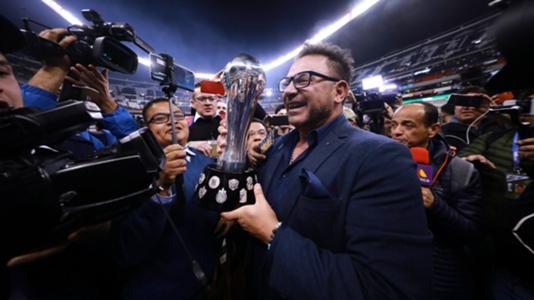 HLV Monterrey vỡ òa trong thời khắc hoàn thành tâm niệm với con trai quá cố | Goal.com