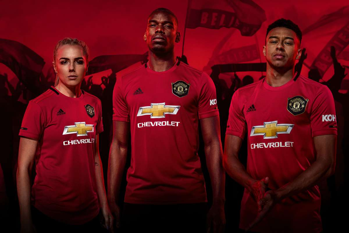 Manchester United Luncurkan Jersey Home 2019 20