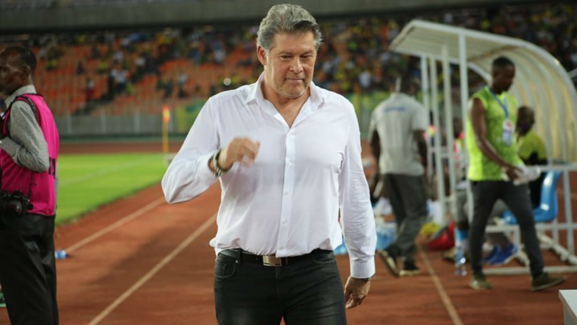 Eymael: 'Shame for Yanga SC to play on a pitch good for cows and pigs'