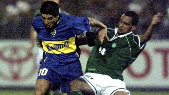 Riquelme reclama de arbitragem e brasileiros lembram de Boca beneficiado contra Palmeiras
