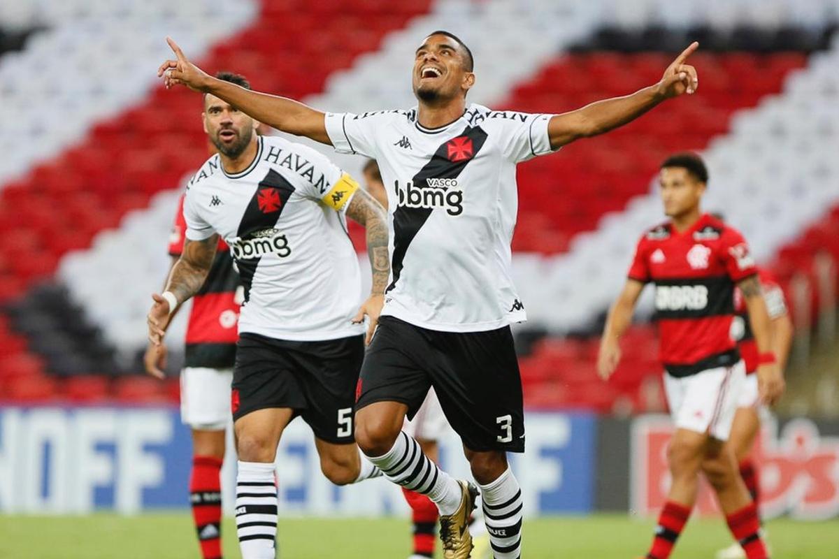 Flamengo 1 x 3 Vasco: Cruzmaltino surpreende, vence o Fla e se aproxima do  G-4 do Cariocão | Goal.com