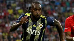 Inter sign Chelsea winger Victor Moses