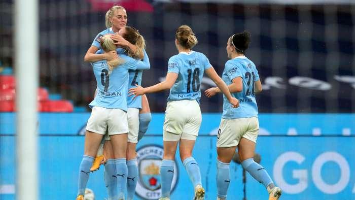 Man City celebrate vs Everton FA Cup final 2020