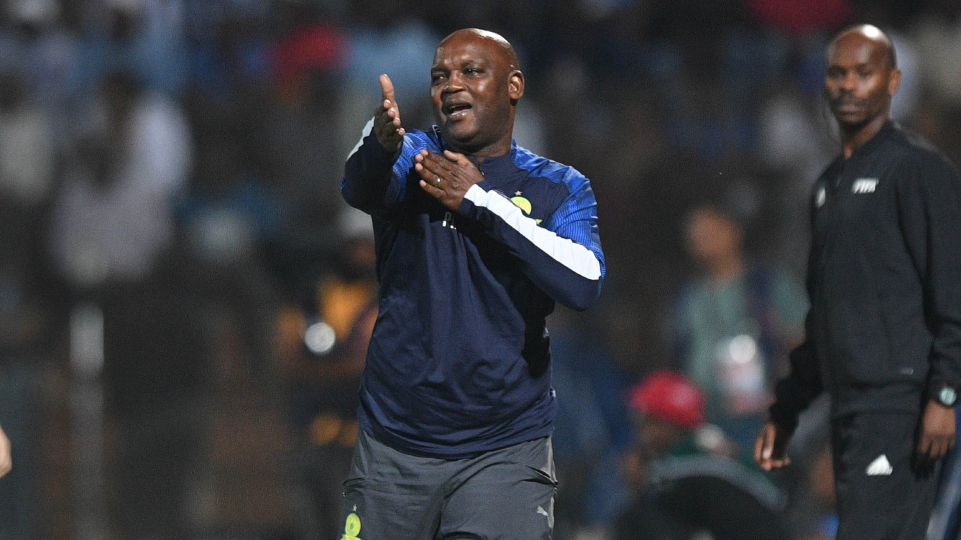Pitso Mosimane declares Saturday 'cup final day' for Kaizer Chiefs and  Mamelodi Sundowns | Goal.com
