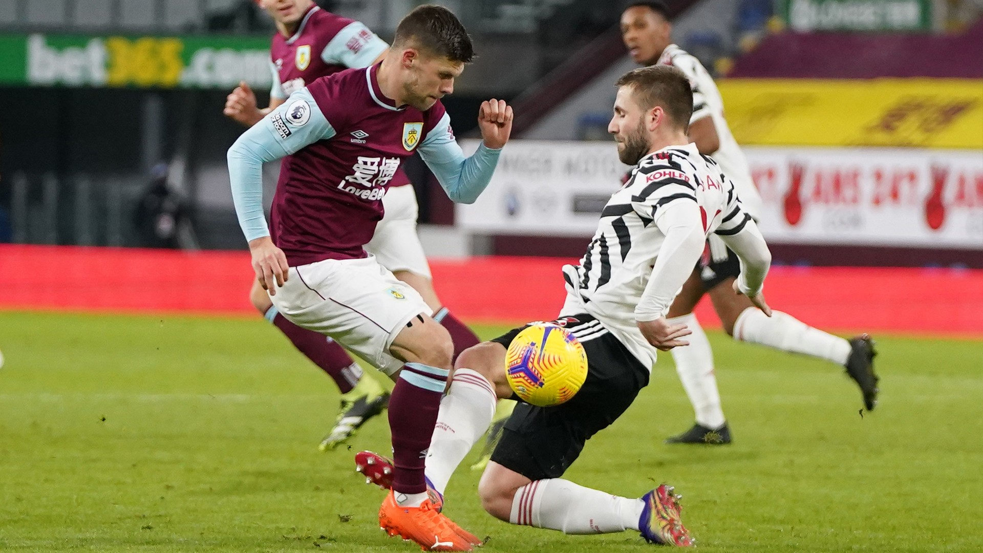 Premier League explains Shaw yellow card after VAR review in Manchester  United match at Burnley | Sporting News Canada