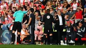 Jose Mourinho sent off, Southampton v Man Utd, 17/18