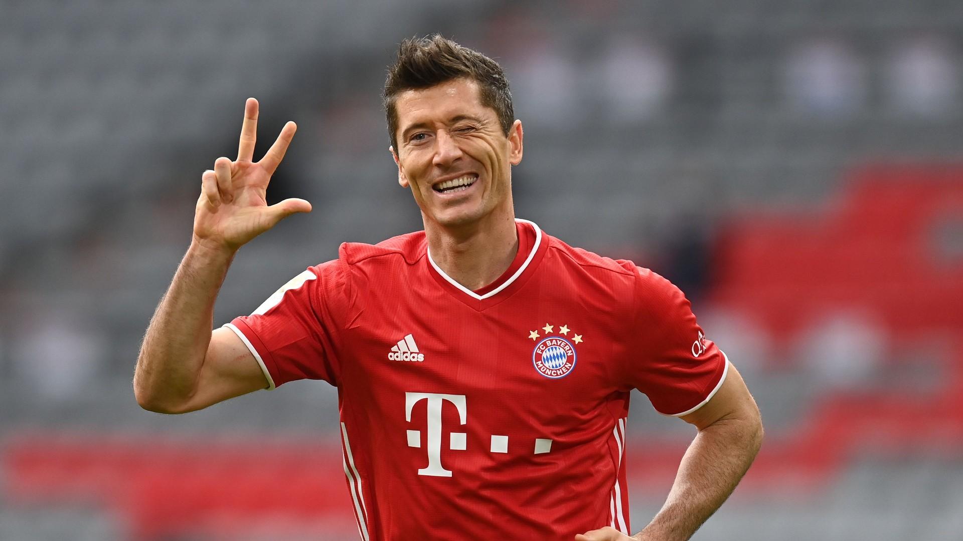 Lewandowski sets new Bundesliga goal record as Bayern Munich thrash  Eintracht Frankfurt | Goal.com