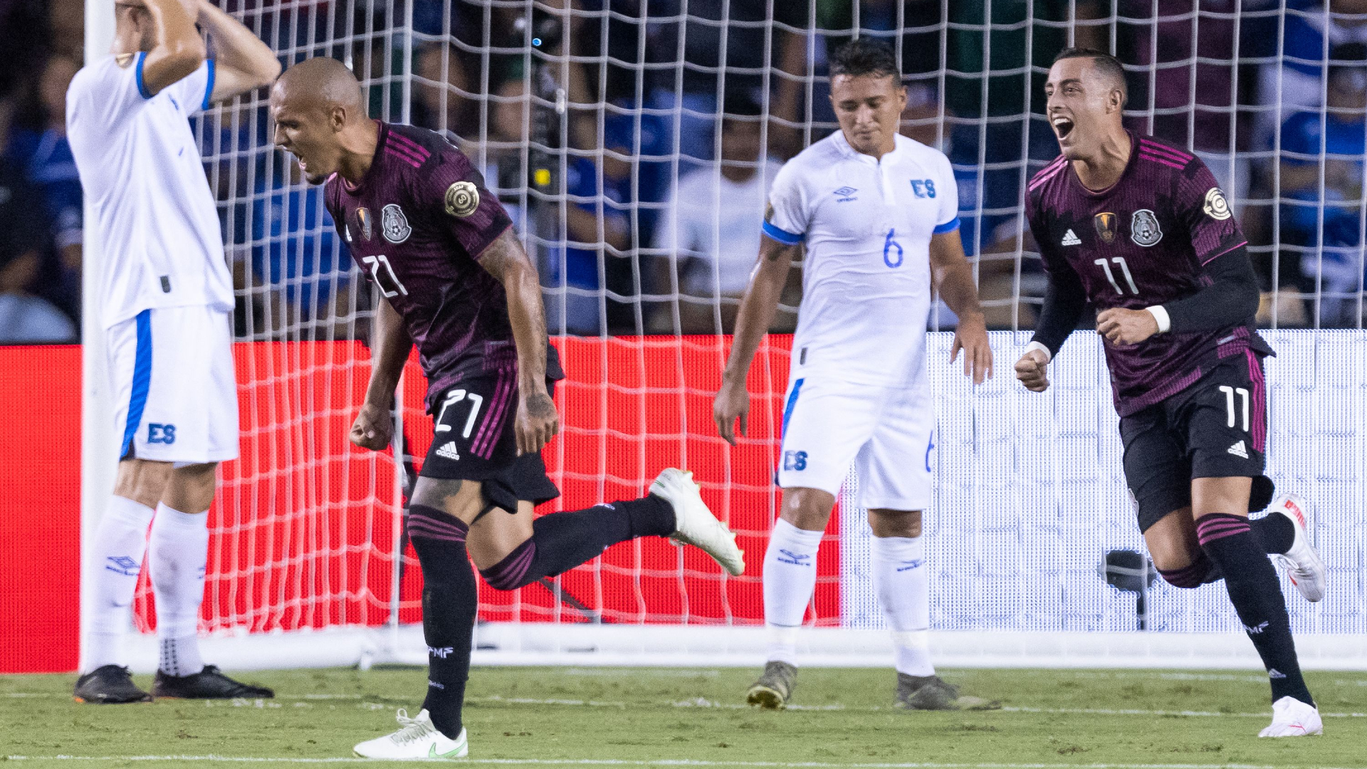 Mexico gets surprise Chaka goal in tight Gold Cup win over El Salvador