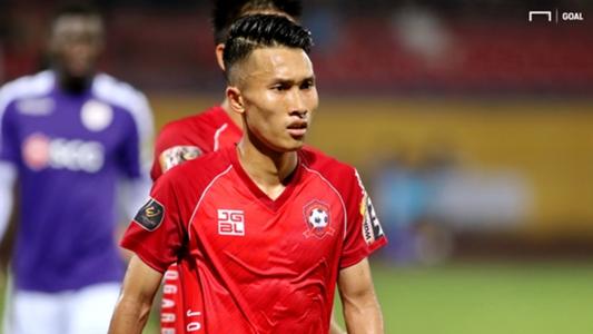 Cầu thủ Hải Phòng bị lõm gò má, phải nhập viện ngay trong đêm   Goal.com