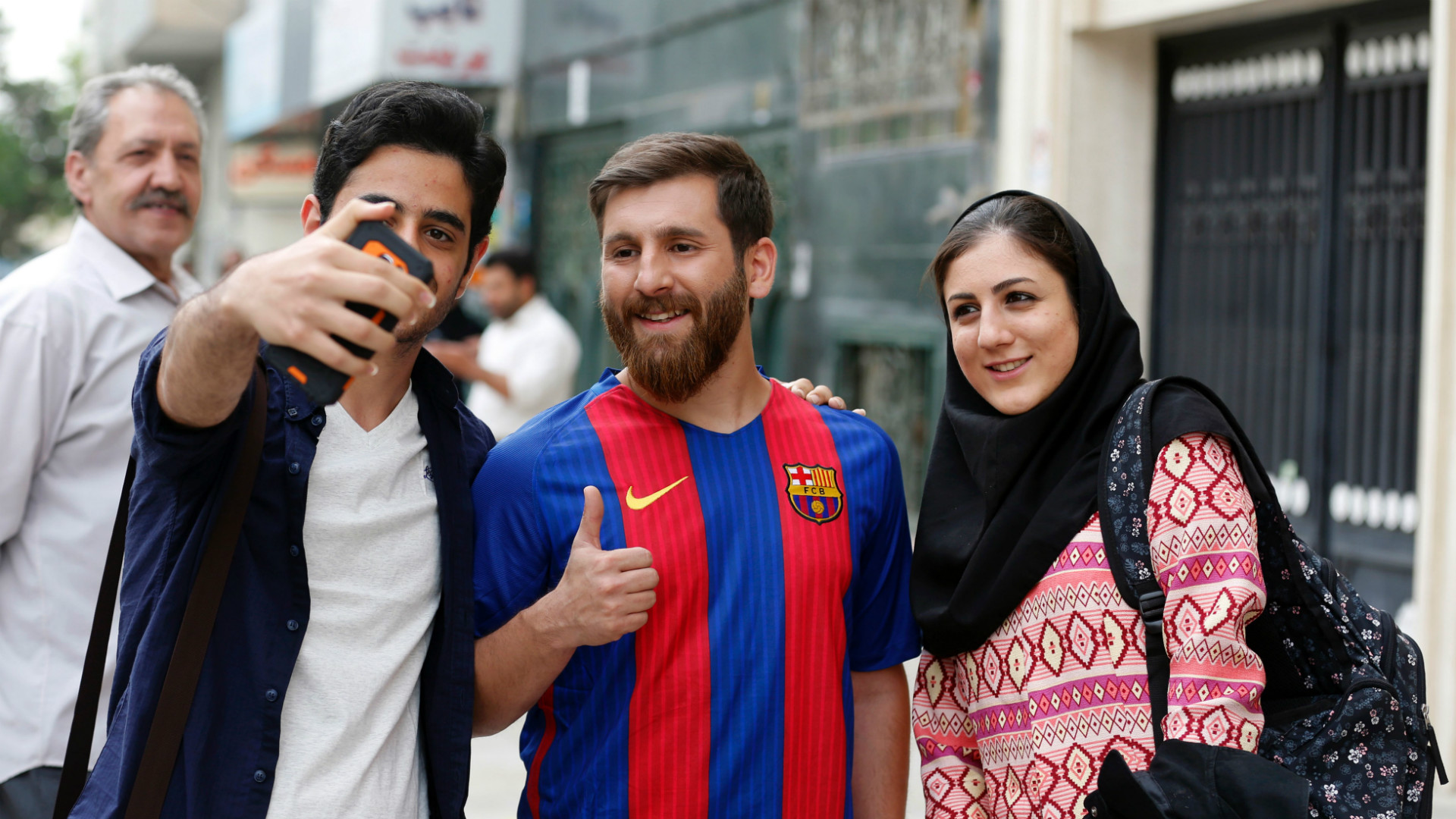 Stunning Lionel Messi lookalike causes stir in Iranian city | Goal.com