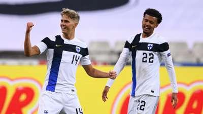 Finland celebrate Onni Valakari goal vs France 2020