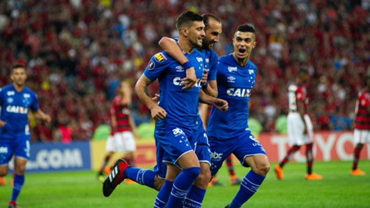 Arrascaeta Barcos Egidio Flamengo Cruzeiro Liberadores 08082018