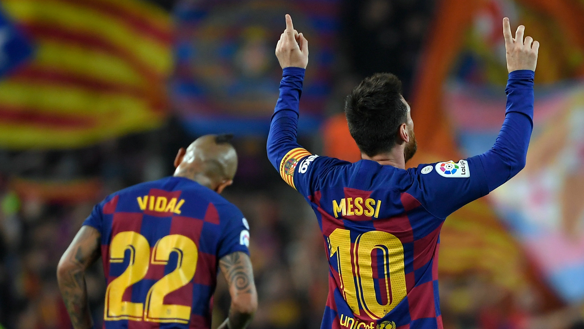 Messi is from another planet' - Vidal praises Barcelona star's dominance    Goal.com