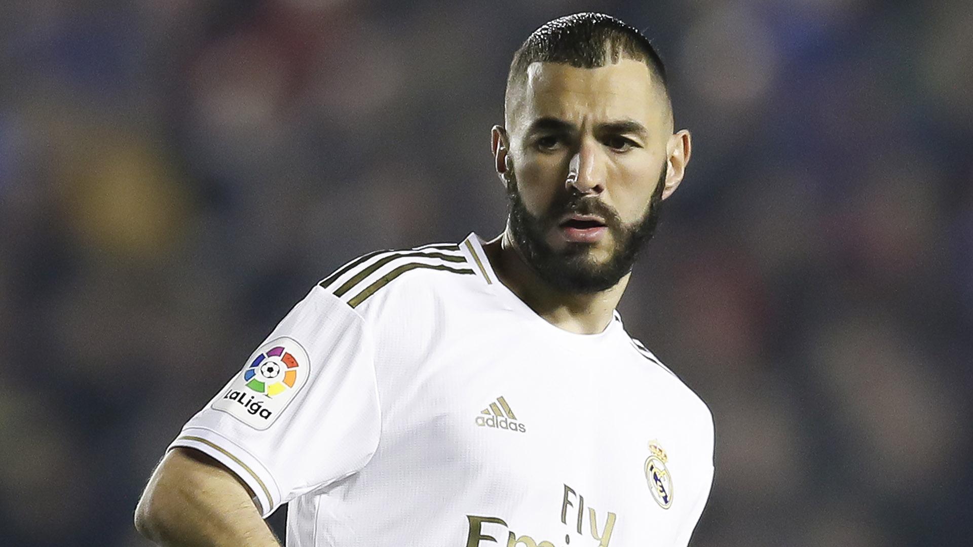 L'agent de Karim Benzema affirme que son joueur a prolongé au Real Madrid