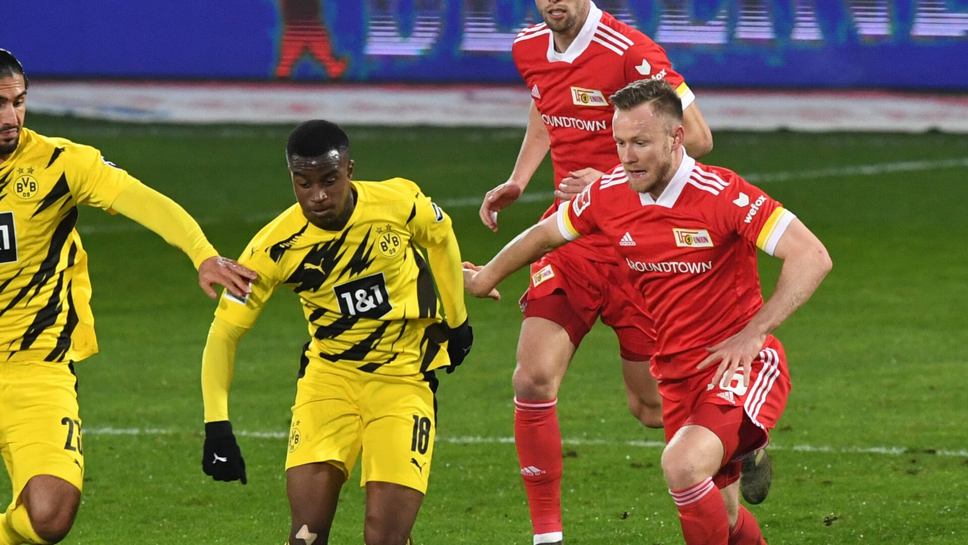 Moukoko dans l'histoire — Dortmund