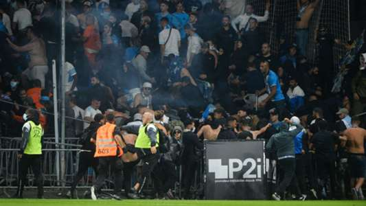 Ligue 1 suffers more crowd trouble as pitch invasion mars Angers vs Marseille